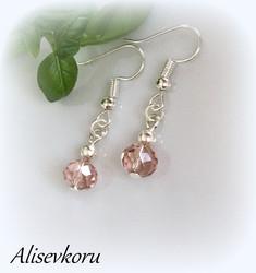 4059,1 Alise Design  Helmi / kristalli korvakorut  VALITSE MALLI