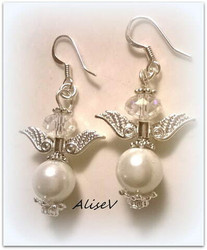 4135 Alise Design Helmi enkeli korvakorut 2