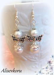 4137 Alise Design Helmi enkeli korvakorut 4
