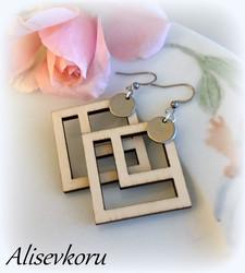 4154 Alise Design Puiset neliökorvakorut laatta