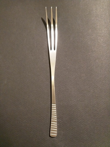 Latimeria 3-piikkinen haarukka ruostumaton teräs, harjattu pinta