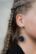 Harju, tummansininen nappikorvakoru, tikkumalli