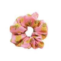 Pinkki crunchie ananaksilla