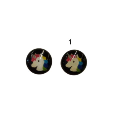 Yksisarvinen nappikorvikset (7 erilaista)