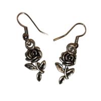 Ruusu-korvakorut