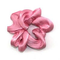 Pinkki scrunchie