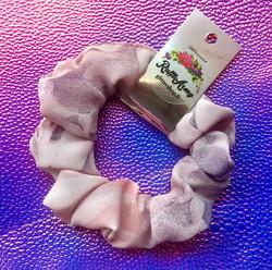 Vaaleanpunainen hiusdonitsi Cotton Candy