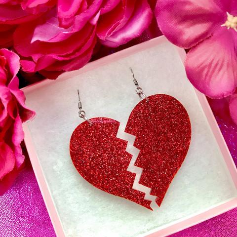 BROKEN GLITTER HEART -korvakorut