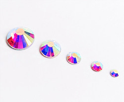 Sekoitus supersäkenöiviä AB-ihotimanttteja