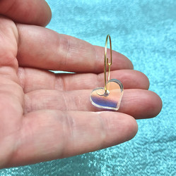 Hologrammihohtoiset MINI HEART -korvakorut renkaalla