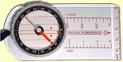 Moscompass 3C, kuvasta poiketen SUURENNUSLASILLA
