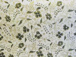 50x75cm luonnonvalkoinen D/40, painettu kukka musta/kulta