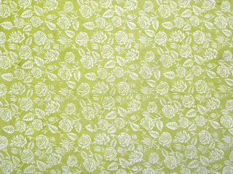 50x75cm vaaleanvihreä FF/20, valkoinen ruusupainatus, rypytetty