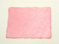 A4 pinkki, revitty reuna