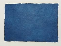 A4 tummansininen BLN, revitty reuna