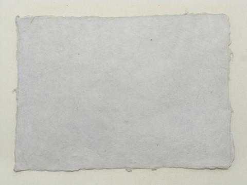 A4 vaaleanharmaa Light Gray, revitty reuna
