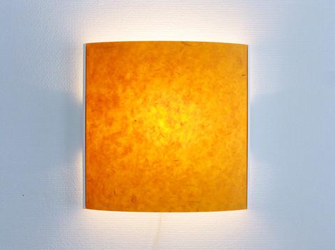 Seinävalaisin, oranssi, valkoinen runko