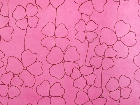 50x75cm RRS isokukka, pinkki viininpunaisella painatuksella