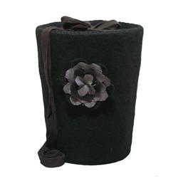 C24 ruusu, musta, huopakartio
