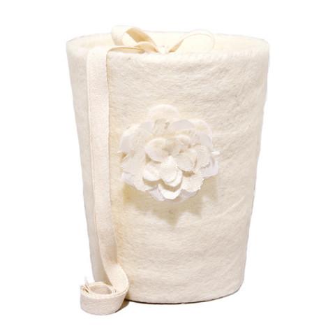 C01 rose, natural white, felt cone