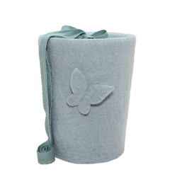 C23A butterfly, light blue, felt cone S