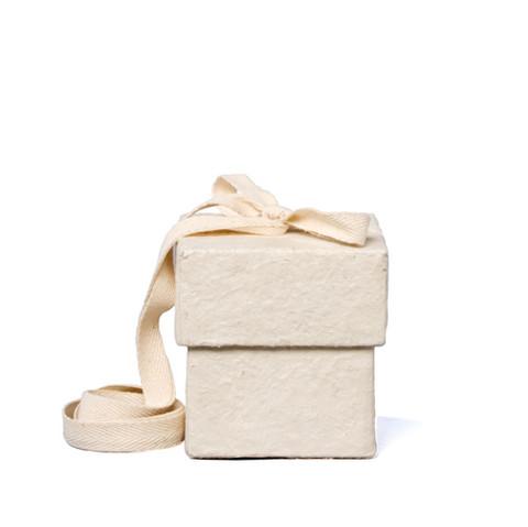 C01, valkea, kuutio vauva