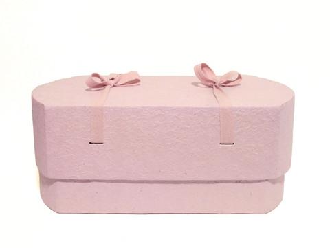C16, vaaleanpunainen, ovaali vauva-arkku L