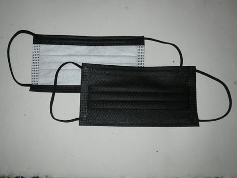 Mustat, kirurgiset nenä-suu -maskit 50 kpl