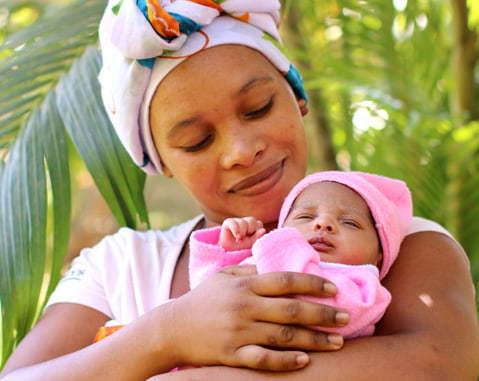 Ostamalla Farfallan tuotteita koulutat kätilöitä Afrikkaan ja Aasiaan ❤️
