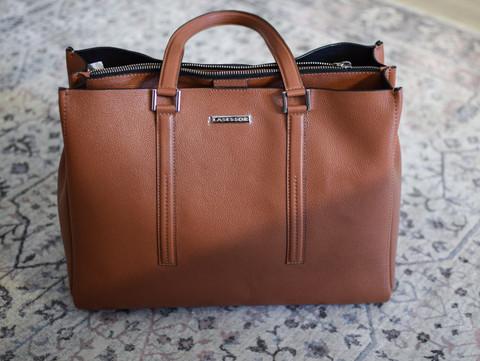 Lasessor laukku