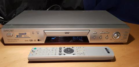 DVD -soitin (Sony DVP-NS300)