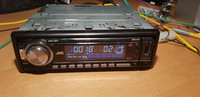 Autoradio / CD -soitin (JVC)