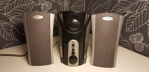 Tietokonekaiuttimet (G sound)