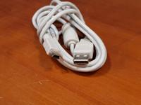 USB -kaapeli (mini USB)