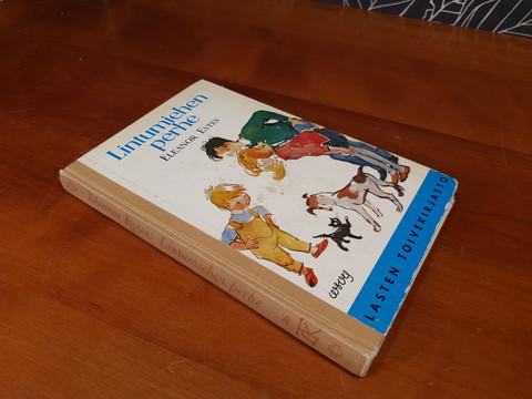Lintumiehen perhe -kirja (1958)