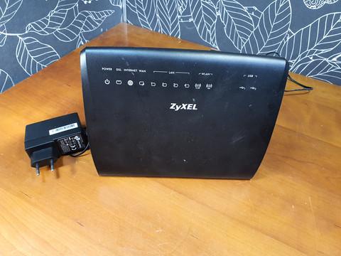 ADSL2+/VDSL2 -modeemi (ZyXEL VMG3926-B10A)