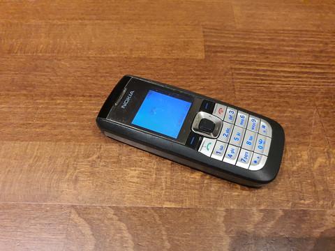 Puhelin (Nokia 2610) #2