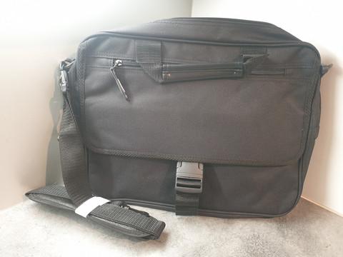 Kannettavan tietokoneen laukku (Hefa)