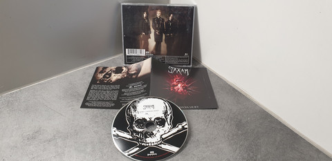 CD (Sixx:Am - This Is Gonna Hurt)