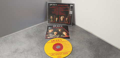 CD (Queen - Greatest Hits)