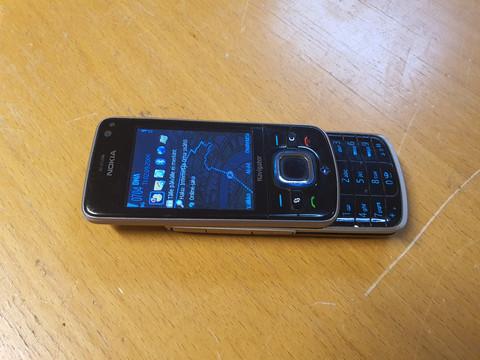 Puhelin (Nokia 6210s-1)