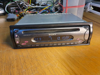 Autoradio / CD -soitin (Sony CDX-S2000)