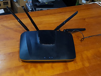 Dual-Band wifi -reititin (ZyXEL NBG6816)