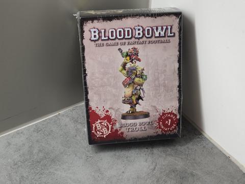 Miniatyyri (Blood Bowl Troll)