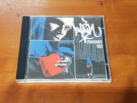 CD-levy (Avain - Punainen Tiili)