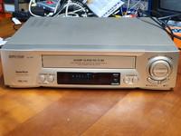 VHS -nauhuri (Sharp VC-M31)