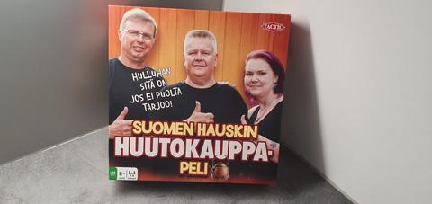 Lautapeli (Suomen hauskin huutokauppa -peli)
