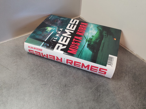 Kirja (Ilkka Remes, Musta Kobra)
