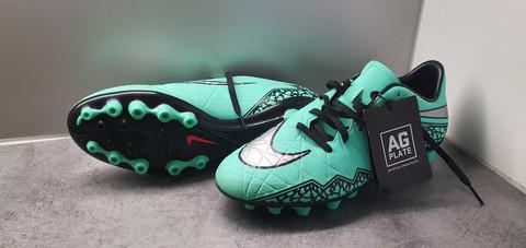 Jalkapallokengät, koko 42 (Nike - Hypernevom)