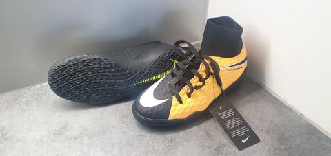 Sisäpeli- /futsalkengät, koko 34 (Nike Hypervenom X)